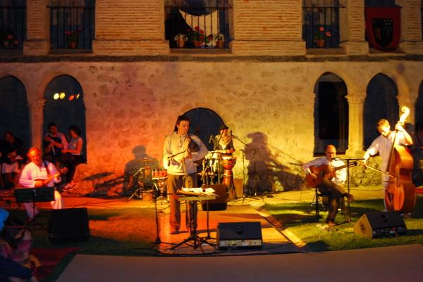 tunicas-caleruega-2012-1