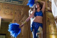 Danza Faraónica con Abanicos de Plumas