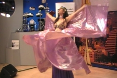 Actuación Stand en el IFEMA de la Escuela Superior de Imagen y Sonido CES