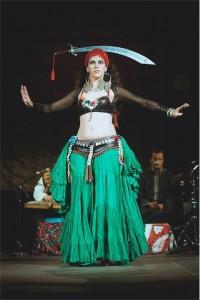 Leena Qadi, danza del sable